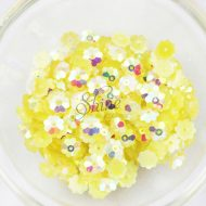 Plastic Flower Margarite Sew On Stones Lemon AB