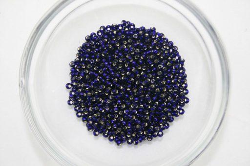 31 Navy Seedbead