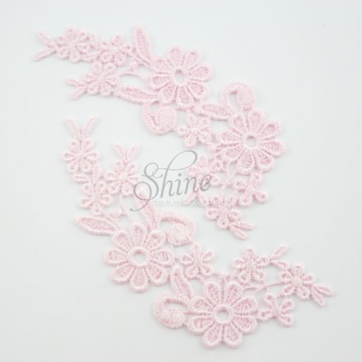 Field of Daisys Camelia Lace Motif Pair