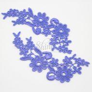 Field of Daisys Iris Blu Lace Motif Pair