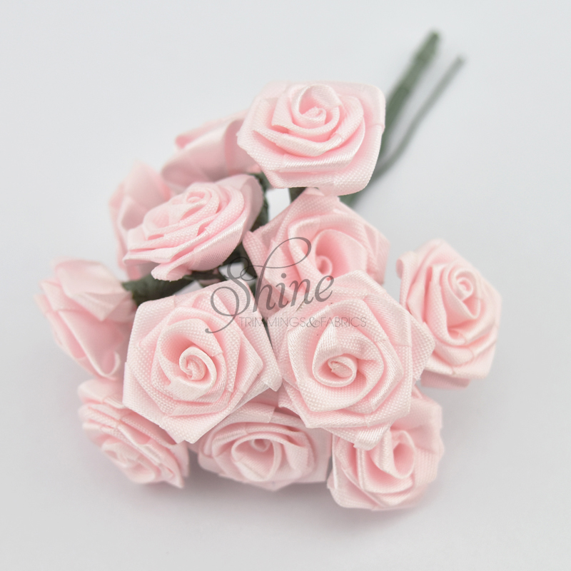 Bunch Of Large Paper Ribbon Roses Dusty Pink Shine Trimmings Fabrics