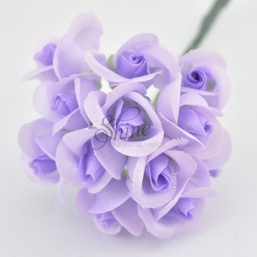 Bunch of Small Rose Blooms Lilac
