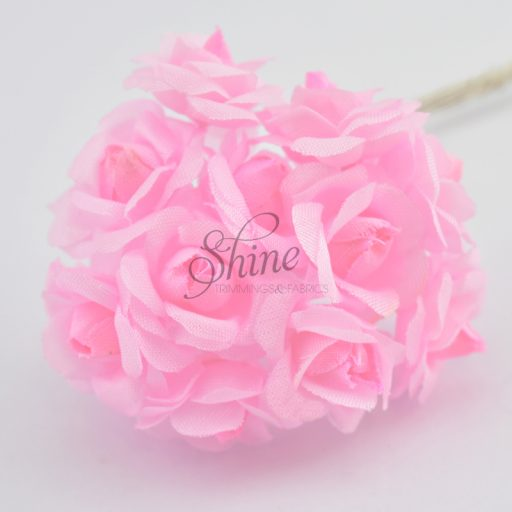 Bunch of Small Open Roses Pink